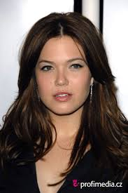 57 best mandy moore images on pinterest hairstyles make up and