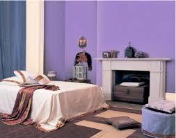peinture violette chambre associer la couleur violet dans la chambre le salon la cuisine