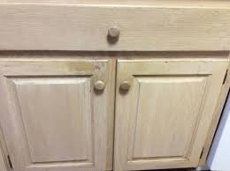 how to clean oak cupboards how do i re pickle oak kitchen cabinets is there an easy