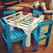 Pallet Sofa For Sale 5 Diy Pallet Projects To Brighten Up Your Home The Chromologist