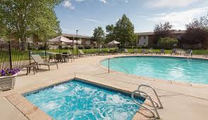 meadow creek apartments boulder co featured amenities