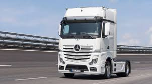 mercedes actros trucks the actros turns 20 mercedes