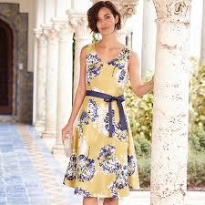 Summer Garden Dresses - what to wear for a summer garden party
