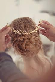 12 fabulous wedding hair accessories bridal updos weddingsonline