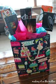 25 unique gift card bouquet ideas on gift card basket