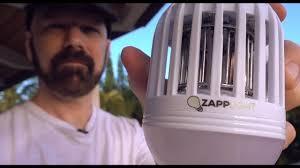 light bulb bug zapper reviews zapplight review a light bulb bug zapper youtube