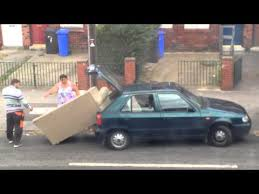 canapé voiture déménager un canapé dans une voiture fail 2tout2rien