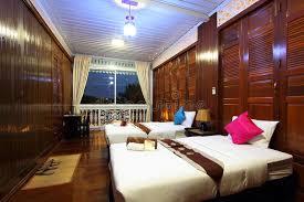 les types de chambres dans un hotel chambre à coucher tropicale d hôtel de type thaï image stock image