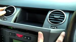 how to remove dash centre panel on land rover discovery 3 lr3