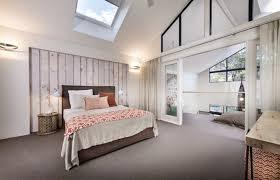 chambre bois blanc revêtement mural bois ou 69 idées de déco naturelle