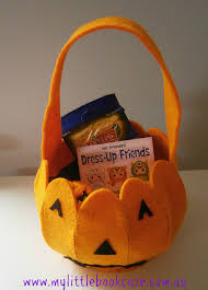 halloween basket trick or treat roll a halloween game for young children my