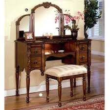 Unfinished Makeup Vanity Table Picture Only No Purchase Links Vanity Pinterest Cheap