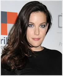 hairstyles for narrow faces women liv tyler hairstyles for narrow face shapes