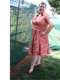 caityquilter com sewing themed dress
