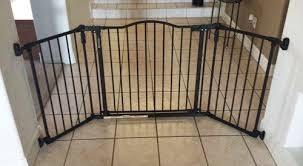 Baby Gate For Bottom Of Stairs Banisters 5 Good Baby Gates For Hallways And Stairs