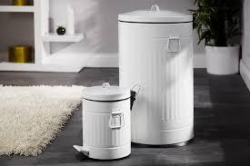 poubelle cuisine retro une poubelle rétro madame dé