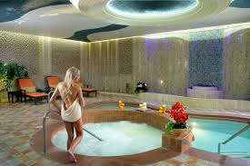 Las Vegas Home Decor by Room In Room Jacuzzi Las Vegas Decor Modern On Cool Fantastical