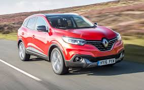 flame red jeep comparison renault captur iconic nav 2017 vs jeep cherokee
