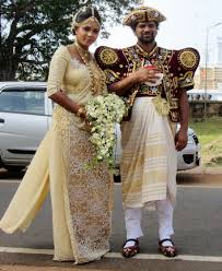 traditional clothing of sri lanka sarong and sari