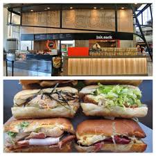 17 best airport restaurants in the us best airport food in
