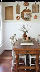 savvy southern style trim and beadboard bm chantilly lace walls bm