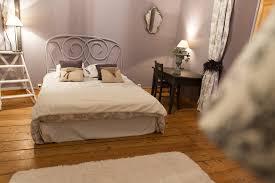 chambre parme et beige chambre parme chambres d hôtes et gîtes à vertou nantes au gré
