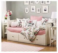 i would like my ikea day bed to look like this instead of the