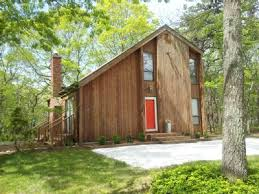 tiny house rentals in new england modernized new england saltbox house architecture pinterest