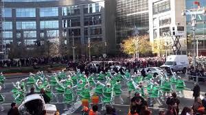 thanksgiving parade new york macy u0027s thanksgiving parade 2012 new york part 19 christmas tree