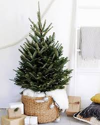 White Nordic Christmas Decorations by Best 25 Scandinavian Christmas Trees Ideas On Pinterest