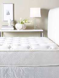 9 Best Mattress Toppers These 9 Hotels Have The Best Beds Ever Domino
