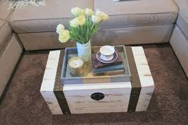 Rectangle Vase Centerpiece Furniture Cubical White Trunk Wooden Coffee Table Plus Flower