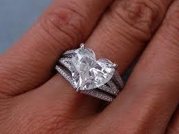 heart shaped diamond engagement ring 4 12 ctw heart shape diamond engagement ring it has a beautiful