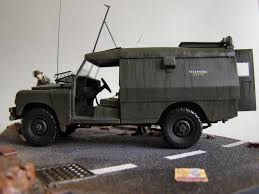 land rover italeri armorama a rainy day in belfast landrover vpk piglet