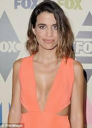 natalie morales hair 2015 john mayer is dating actress natalie morales daily mail online