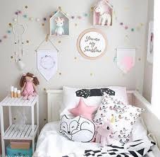 fanion chambre bébé idées pour décorer les murs d une chambre d enfant