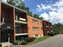 Two Bedroom Homes Rental Homes Cincinnati Oh Grandin Bridge Apartments