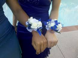 blue corsages for prom blue and white wrist corsages prom 2013 crafts