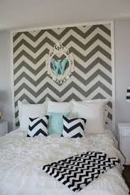 bedroom unique modern chevron bedroom decor ideas princess bedroom princess bedroom decor with chevron wall decal and black white pillow case blanket