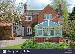 english cottage house english countryside cottage stock photos u0026 english countryside