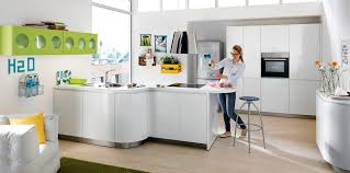 schuller alea l091 crystal white high gloss kitchen with curved