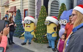Universal Studios Christmas Ornaments - guide to grinchmas 2017 at universal studios hollywood