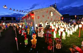 when does the great christmas light fight start blakely brothers holiday decorated homes to be featured on reality
