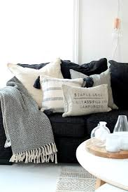 Sofa Decorative Pillows by Best 25 Neutral Pillows Ideas On Pinterest Decorative Pillows
