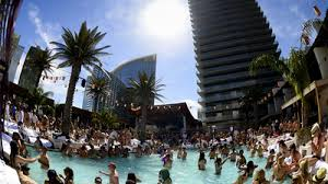 make bottle service reservations at marquee dayclub