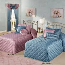 Blue Bedroom Furniture by Bedroom Lovely Pattern Twin Bedspreads Collection For Bedroom