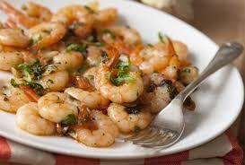 cuisiner des crevettes recette facile de crevettes à la vapeur