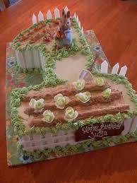 peter rabbit first birthday cake children u0027s cakes pinterest