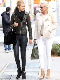 yolanda foster new hairstyle like mother like daughter yolanda foster tries nowmynews