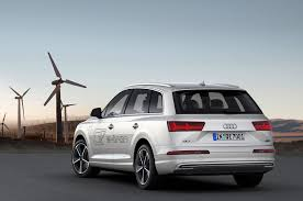 first audi quattro 2017 audi q7 e tron tdi quattro first look photo u0026 image gallery